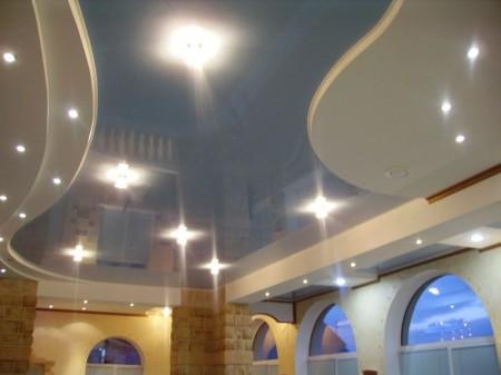 ПВХ-потолок