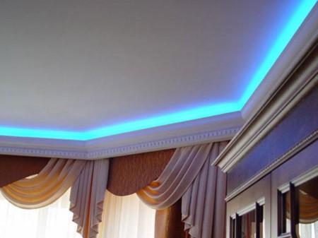 Установка светодиодной ленты за галтель