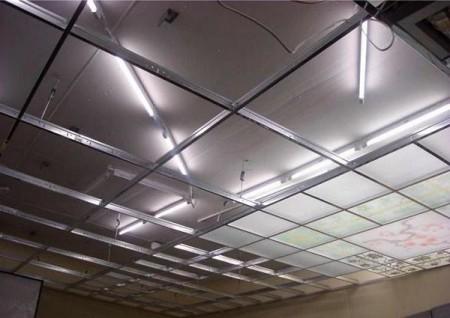Витражный потолок с модулями. Конструкция изготовлена по классической технологии
