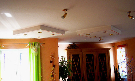 Основной свет дают традиционные лампы накаливания или споты