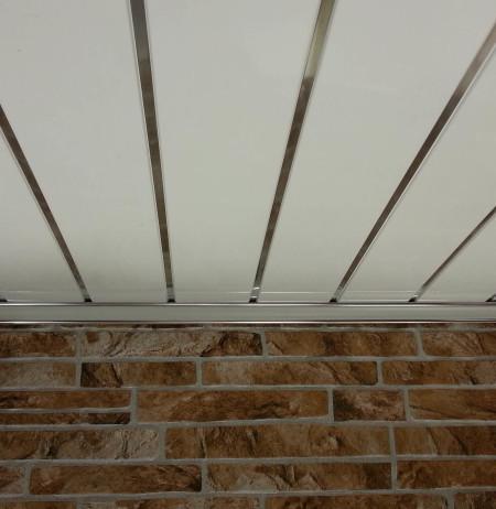 Материал из ПВХ на потолок