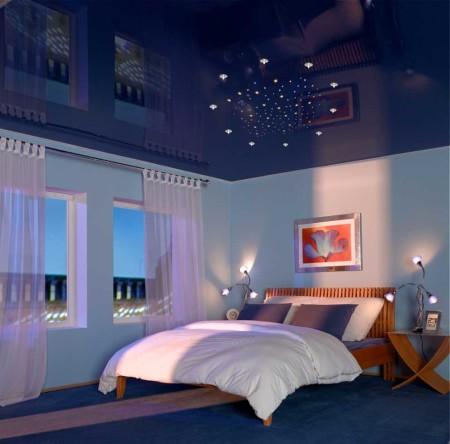 Спальня с натяжным полотном