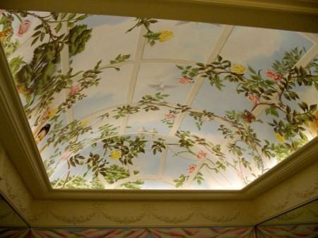 Комната с изображением в классическом стиле