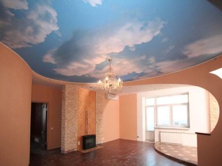 Фото натяжного потолка с удивительным небом