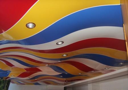 Ткани для натяжного потолка, ассортимент широк как по цветовой гамме, так как и по фактуре