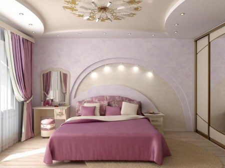 Еще одно фото потолка сделанного в форме арки.