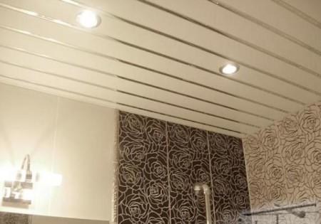 Реечная потолочная конструкцият