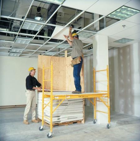 Создание каркаса под подвесной потолок с модульной конструкцией