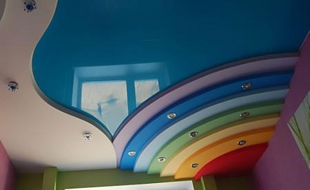 Использование разного цвета при оформлении спальной