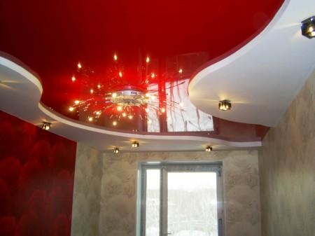 Натяжной потолок интересного дизайна, монтаж которого сделать можно самостоятельно