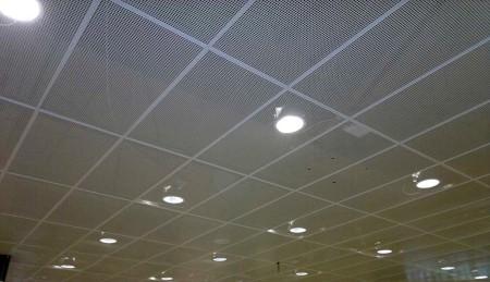 Потолок из просечно-вытяжной сетки