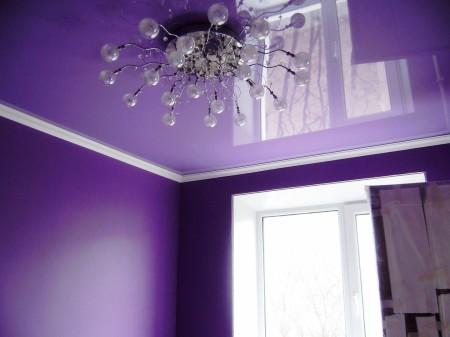 Фиолетовый глянец – интересный штрих