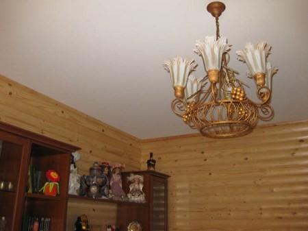 Карниз в деревянном доме