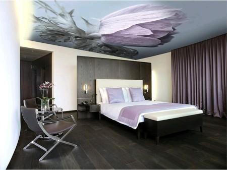 Потолок с фотопечатью в спальне