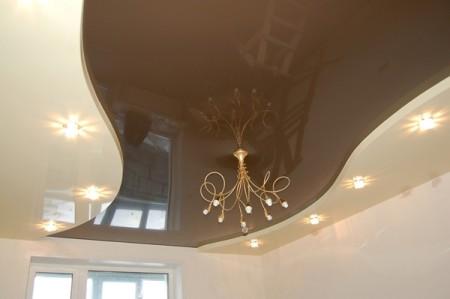 Комбинированный натяжной потолок из разных полотен