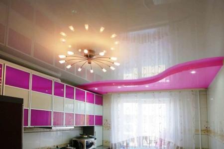 Интересный дизайн с пастельным блеском и ярким розовым акцентом
