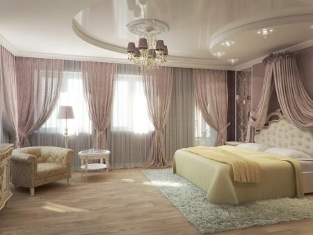 Интерьер спальни и интересная люстра