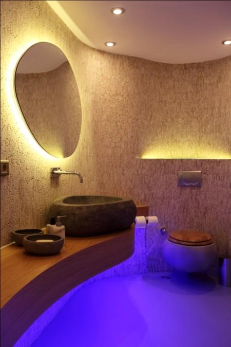 Фото красиво освещённой ванной