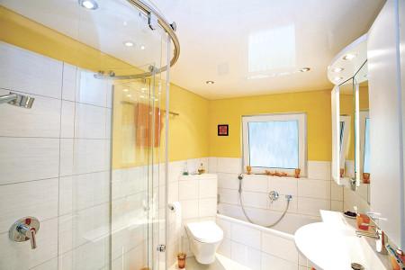 Ванная комната - зонирование источниками света
