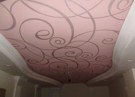 Использование тканевой натяжной конструкции при оформлении декора