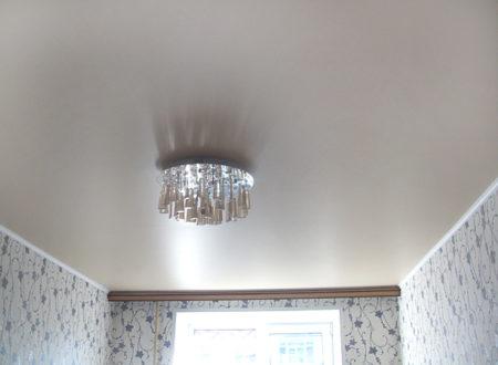 Матовый потолок белого цвета