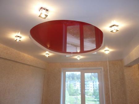 Осветительные приборы, монтаж которых выполнен на натяжном потолке элегантность и стиль