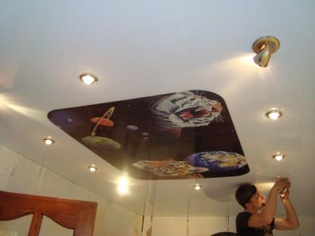 Организация света с помощью софитов на потолке из гипсокартона