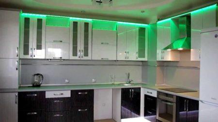 Подсветка потолка при помощи светодиодной ленты