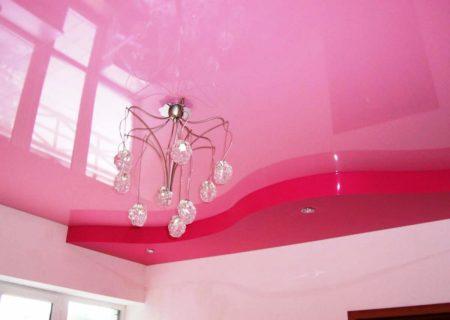 Полотно с блеском розового цвета – отличный выбор для зала или спальни