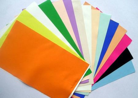 Пленочные полотна из ПВХ разных цветов