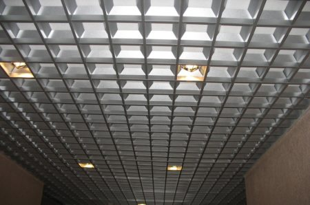 Решетчатая потолочная система
