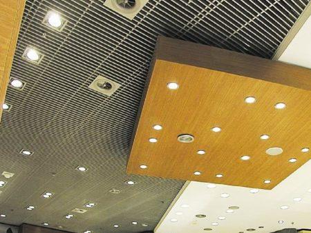 Комбинирование Грильято и гипсокартонного потолка