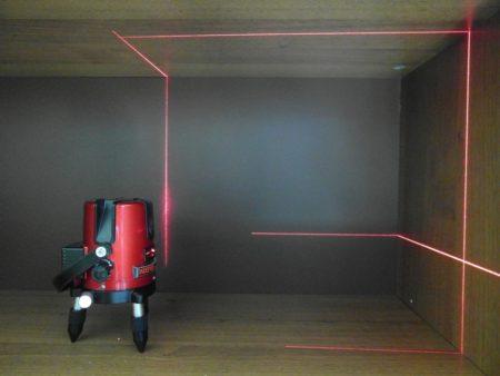 Выполнение разметка для установки потолка
