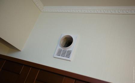 Стандартные вентканалы под потолком