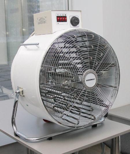 Внешний вид более современной электрической тепловой пушки для натягивания полотна из поливинилхлорида