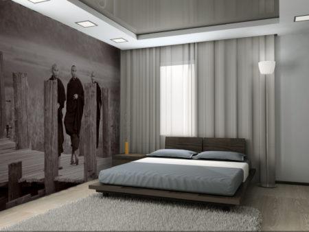 Привлекательный и лаконичный дизайн спальни с упором на зеркало на потолке