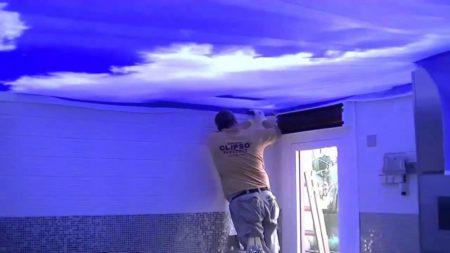 Необычное дизайнерское решение – небо на потолке