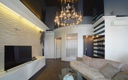 Фото зала с помощью темных и светлых оттенков помещения