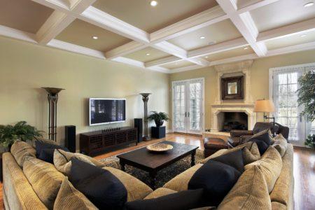 Итоговый вариант лакунарного потолочного покрытия – стильно и оригинально