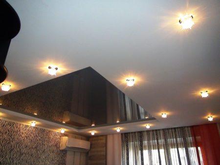 Оригинальность и простота в оформлении потолочной поверхности и неповторимость дизайнерского решения