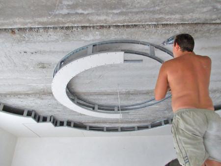 Установка круглого потолка