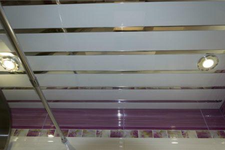 Потолок со вставками