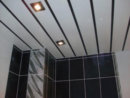 Французский потолок в ванной комнате