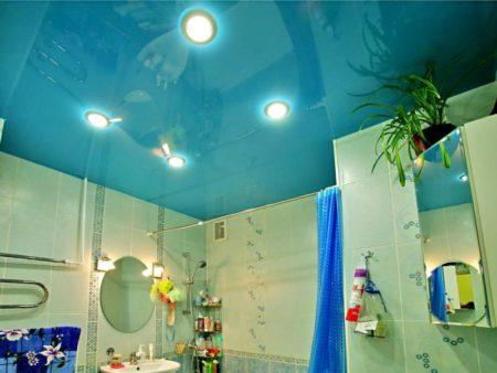 Потолок Saros Design в ванной комнате