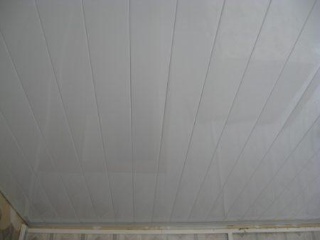 Готовый реечный потолок