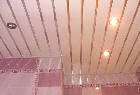 Потолок Cesal в ванной