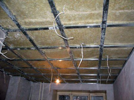 Разметка для обрешетки потолка