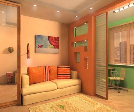 Лоджия, превращенная в кабинет, отгорожена легкой конструкцией со сдвижными дверями