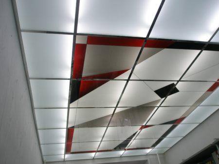 Витражный навесной модульный потолок