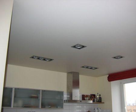 Тканевый потолок, предлагаемый компанией
